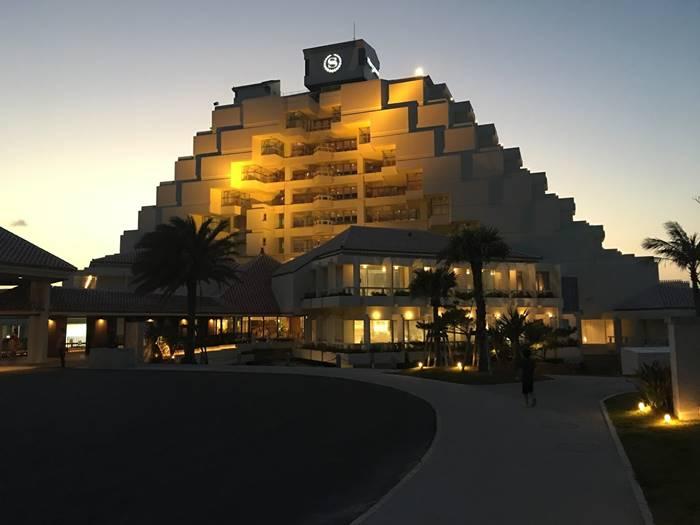 シェラトン沖縄サンマリーナリゾート ホテル外観
